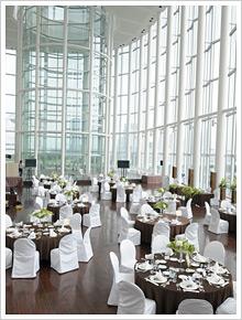 2007年11月に待望オープンした湾岸スタジオ内にあるカフェレストランAOMI