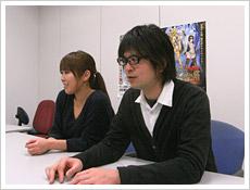質問に答えてくれたマーケティング担当の前川さん(右)と高橋さん(左)